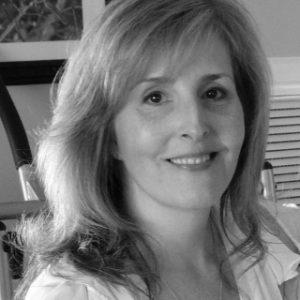 Dr.-Jennifer-Lindstrom_pic1